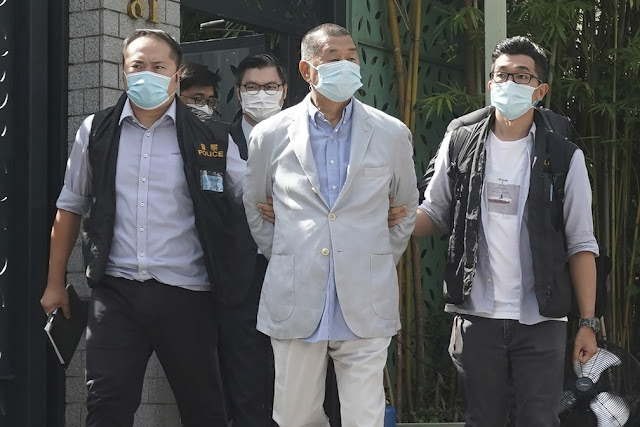 Mundo   Jimmy Lai, magnata da mídia de Hong Kong, é preso