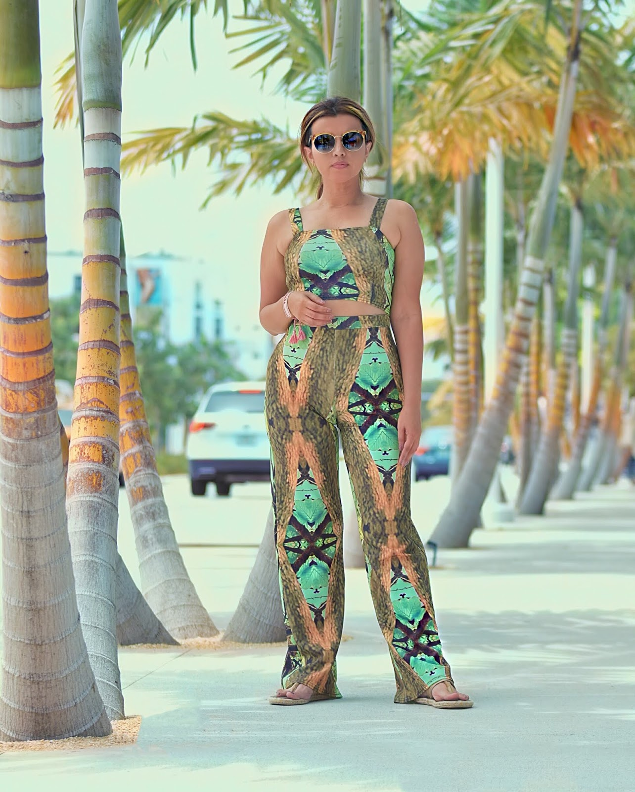 How to wear neon colors during summer-miami swim week-mariestilo