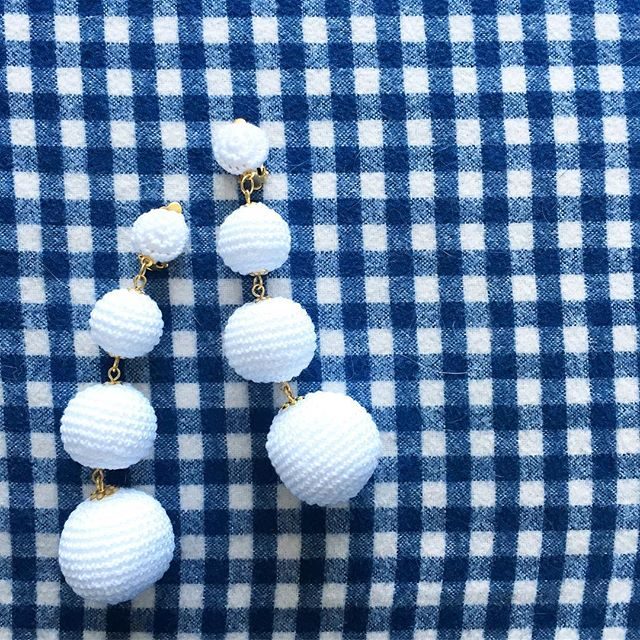 Dangle earings, white pom pom earrings, gingham