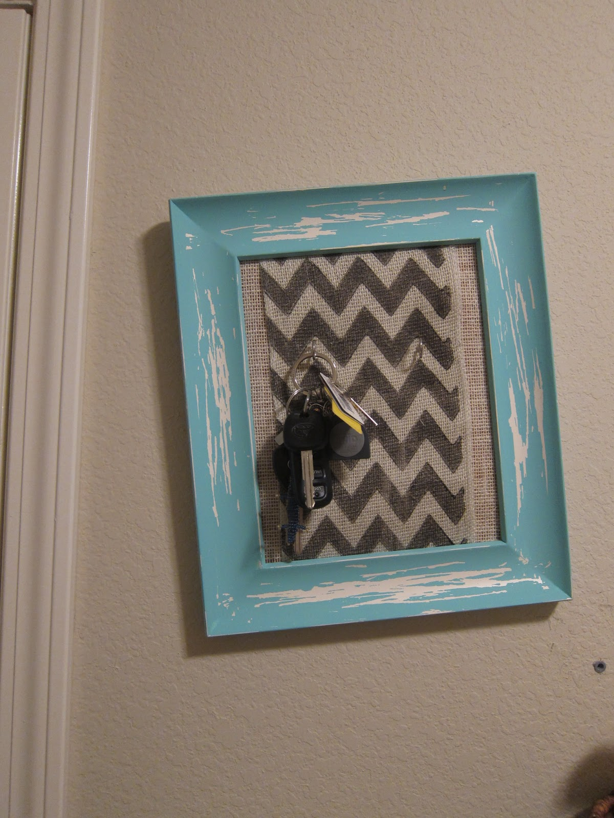 Salty Cinderella: DIY Key Holder (Laundry Room Revamp part 1)