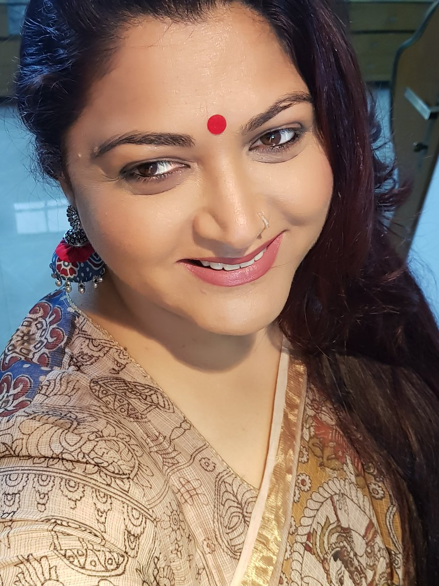 Actress KhushbuSundar Latest HD Images