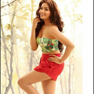 Actress Aishwarya Devan hot photos