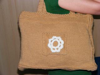 geanta handmade tricotata manual lana acris maro