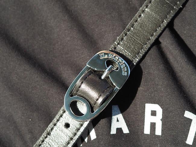 Koszulka, sandały i torba Dr Martens/ Dr Martens T-shirt, sandals and bag