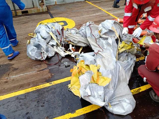 Video Lokasi Jatuhnya Pesawat Lion Air Terlihat Serpihan Pesawat Sudah Ditemukan