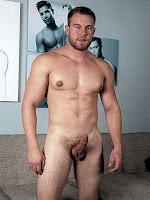 Nude men fkk casually