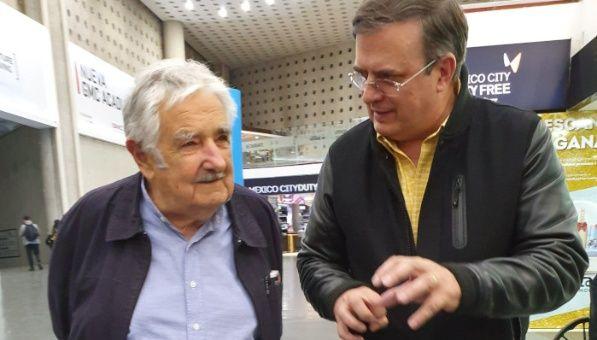 José Mujica llega a México invitado al informe de López Obrador