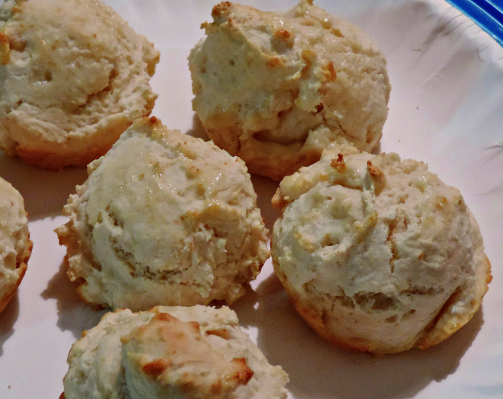 Choice Morsels: Good Eating Monday: Baking Powder Drop Biscuits!