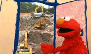 Elmo's World Building Things