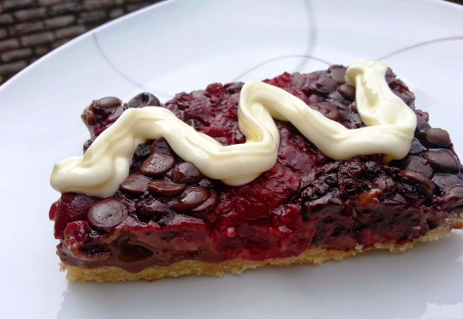 Sanna´s Hexenküche: Schoko-Beeren-Kuchen vom Blech