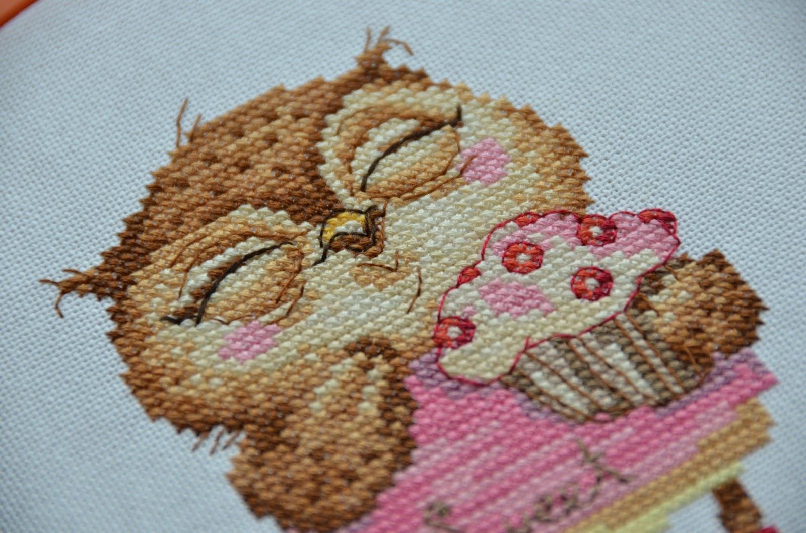 Лакомка вышивка схемы