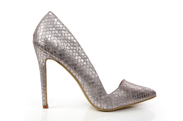 INTOTO presents its Bridal Footwear Collection