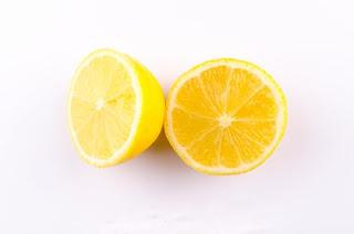 lemon for skin glow