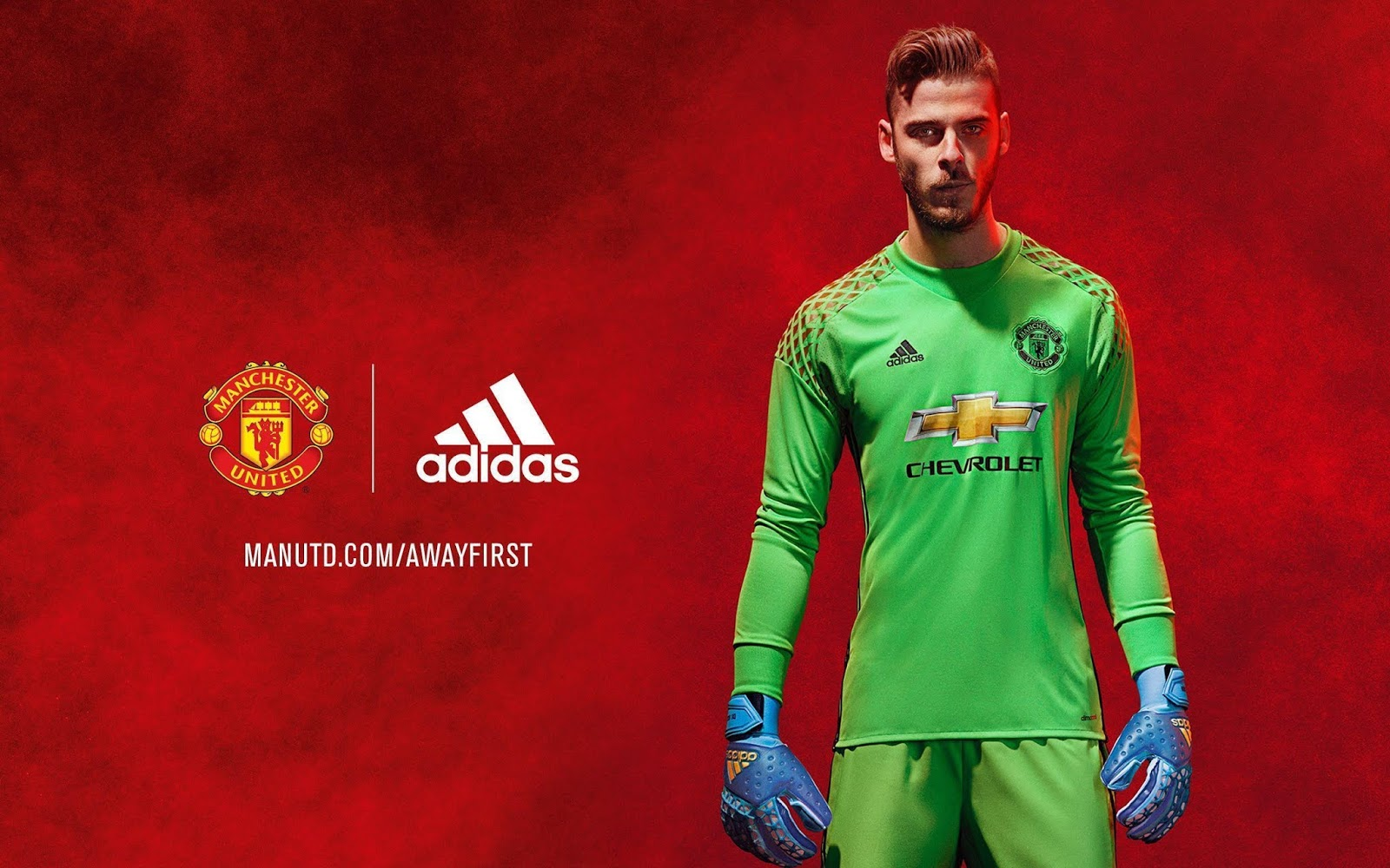 man united latest news de gea close to sign new deal