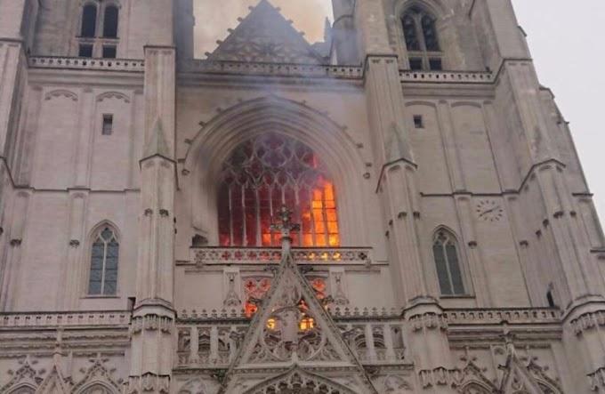 Mégiscsak az afrikai menekült gyújtotta fel a nantes-i katedrálist