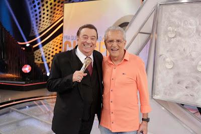 Carlos Alberto e Raul Gil (Crédito: Rodrigo Belentani /SBT)