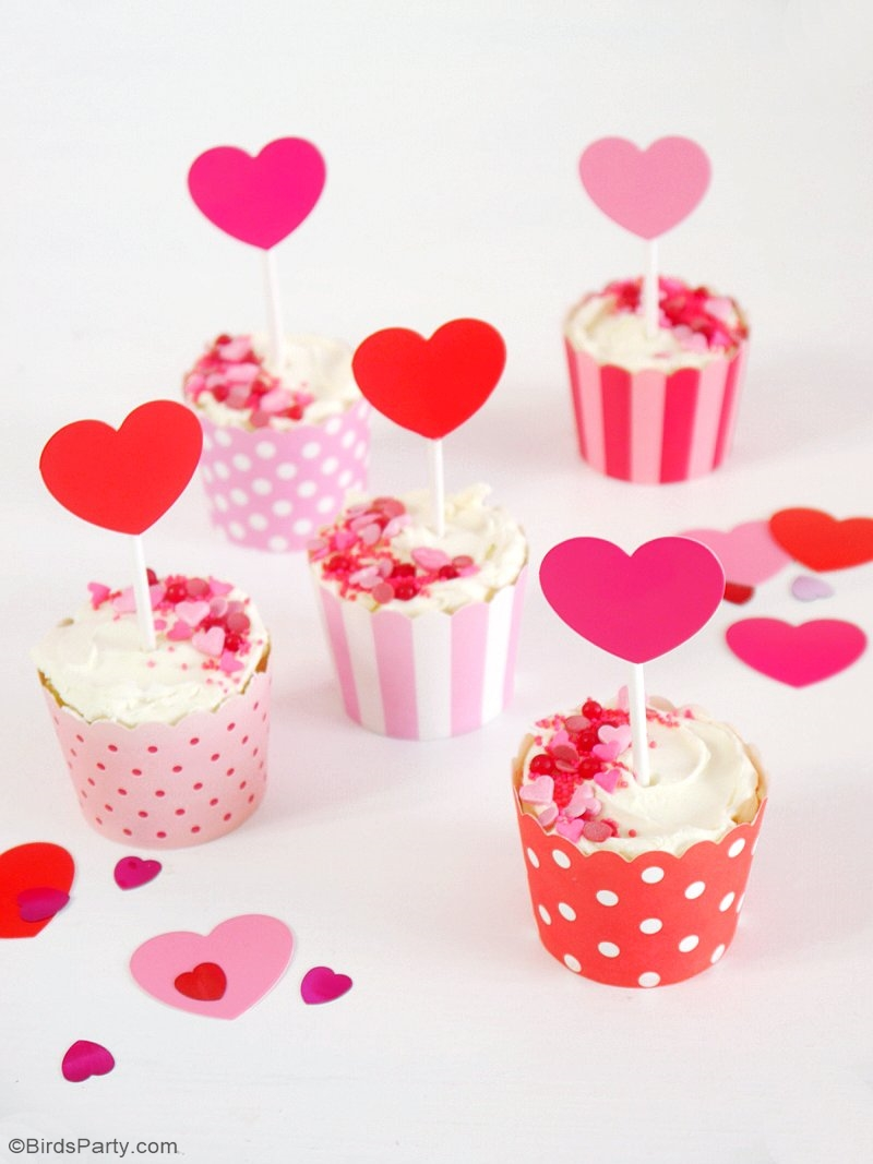 A Crafty Valentine's Day Party - full of DIY details, decorations and ideas to help you style a creative party for your kids or girlfriends on love day! | BirdsParty.com