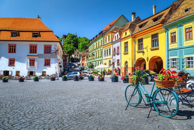 The best and cheapest places to travel to Europe 2020