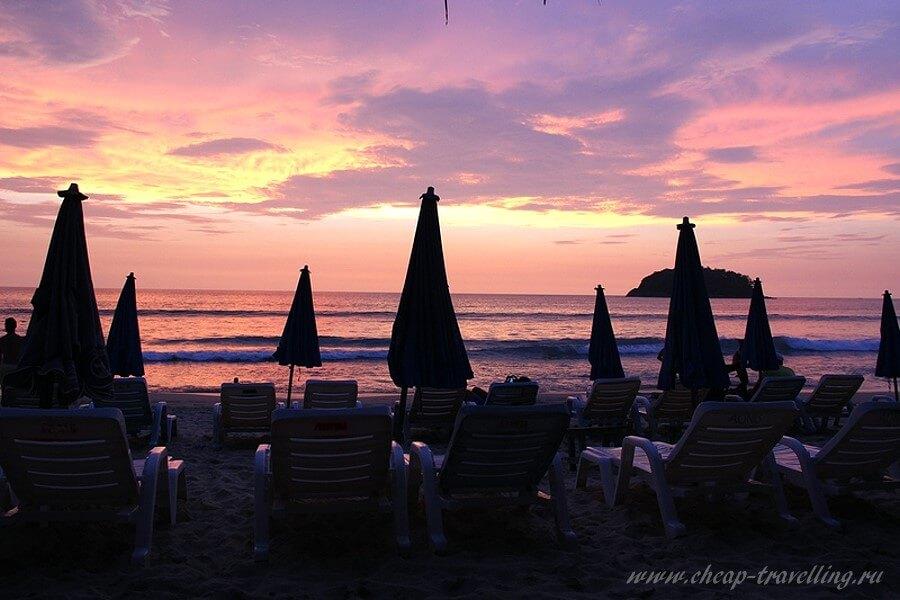 Закат на пляже Пхукета