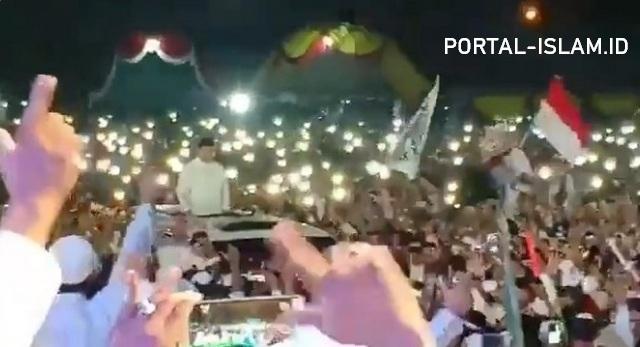 MASYA ALLAH.. Prabowo Presiden Menggema di Acara Haul Akbar Masyayikh dan Habaib se Madura Yang Dihadiri Ratusan Ribu Massa