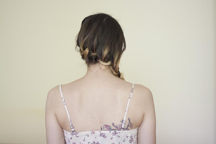 medium hair side braid hairstyle tutorial