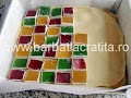 asezam feliutele de rahat multicolor - preparare reteta prajitura Arlechino
