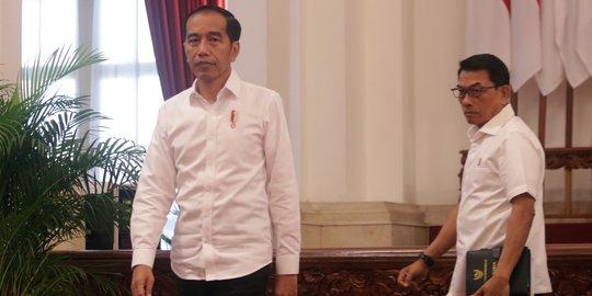 Birahi Kekuasaan tak Dapat Ditahan, Jokowi Diminta Singkirkan Moeldoko dari Istana