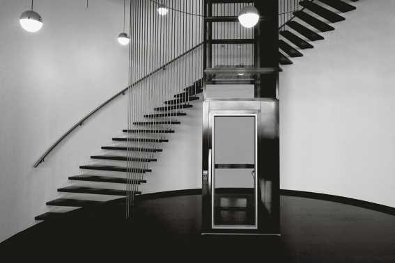 Tips Mendesain Lift Rumah yang Aman