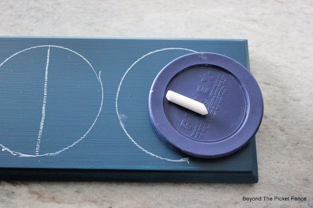Paint a Moon Phases Sign