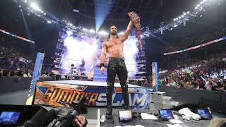 WWE - Seth Rollins destierra a Brock Lesnar del Universal Championship en SummerSlam