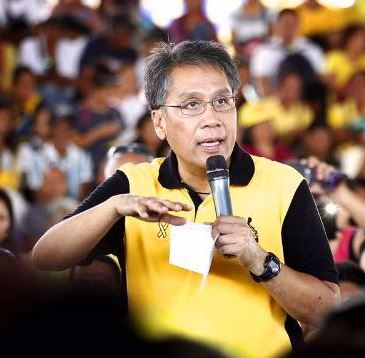Mar Roxas miting de avance at the Quezon Memorial Circle