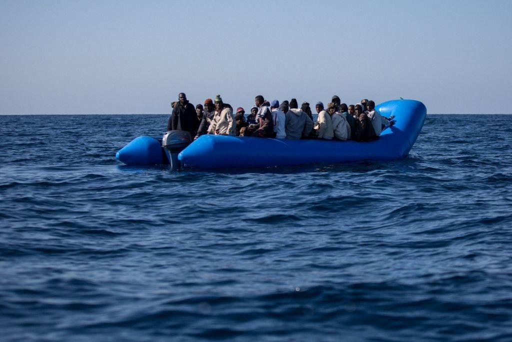 """La mafia nigeriana está """"traficando con decenas de miles de mujeres"""" en Europa"""