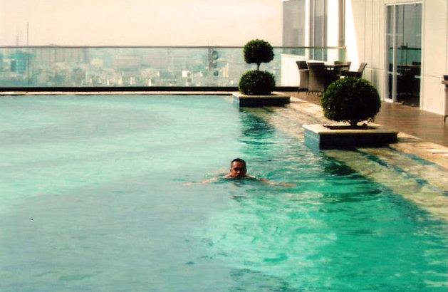 Hotel mewah di pusat kota Medan
