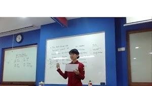 Diundang Jadi Pelatih Debat Bahasa Inggris Di Politeknik LP3I Jakarta