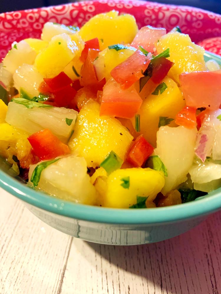 Mango Pineapple Salsa | The Busy Abuelita