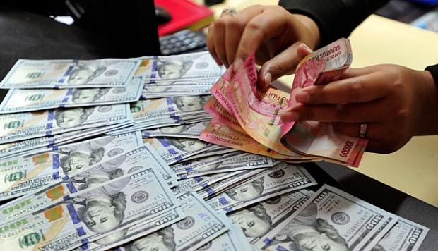 Rupiah Ditransaksikan Antar Bank di Jakarta Kamis Rp 15.192 per Dolar AS