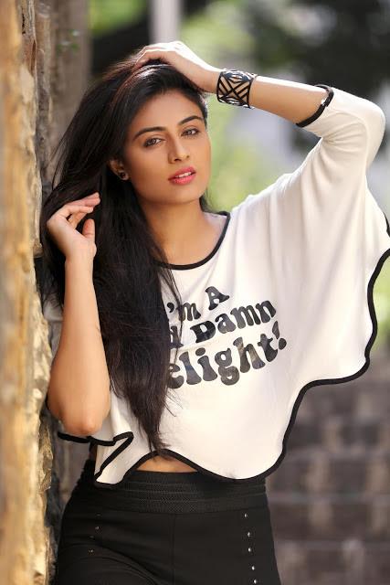 Neha Hinge Photos