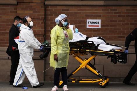 """أمريكا تحصي حوالي 2000 وفاة بفيروس """"كورونا"""" خلال 24 ساعة"""