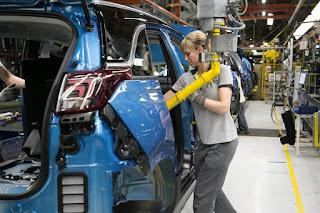 La automoción tendrá un plan de rescate con una inyección de 3.750 millones de euros