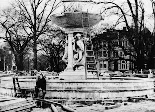 Dupont Circle Fountain installation in 1920
