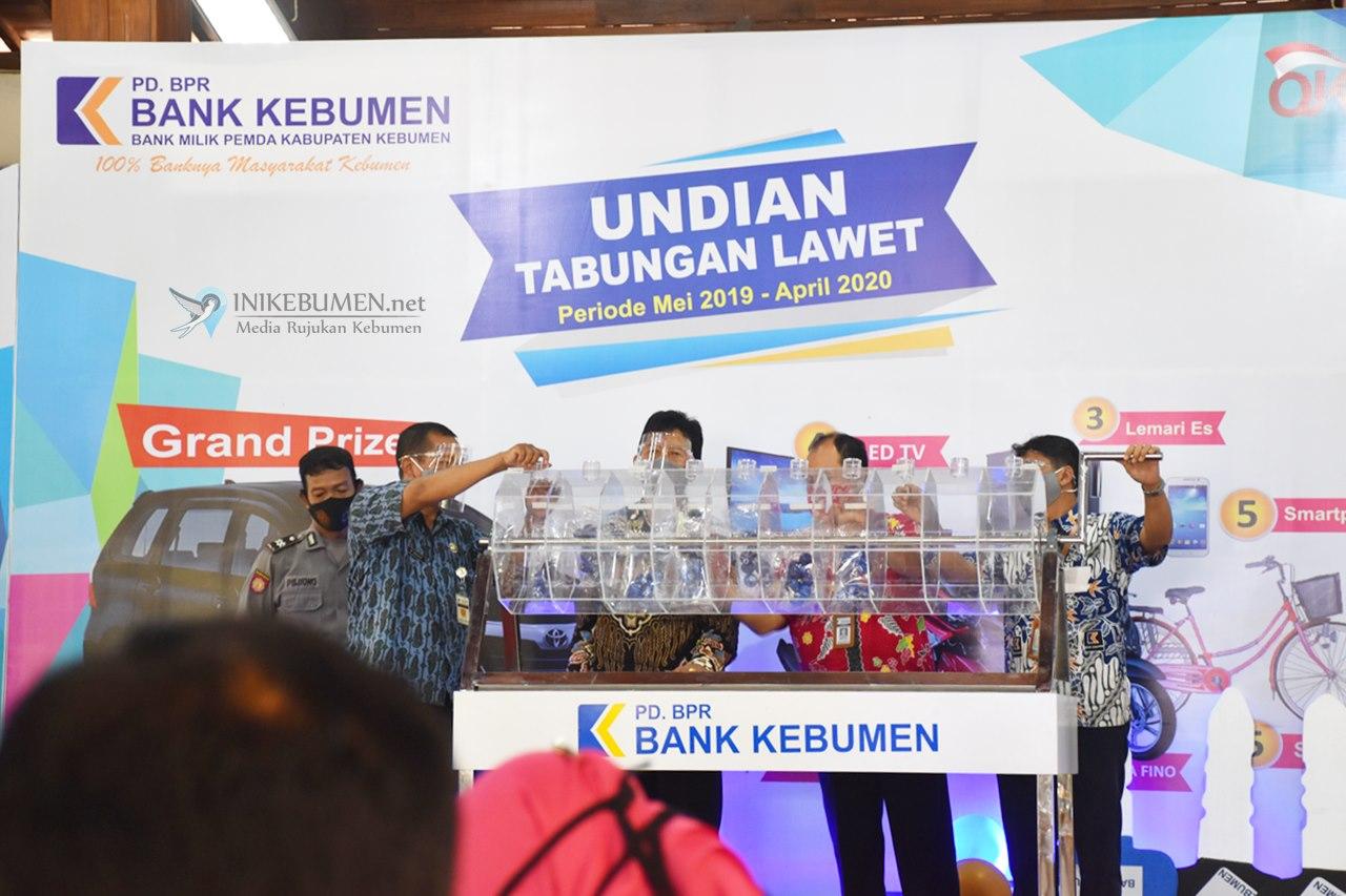 Hadiri Pengundian Tabungan Lawet, Bupati Minta Bank Kebumen Tingkatkan Kualitas SDM