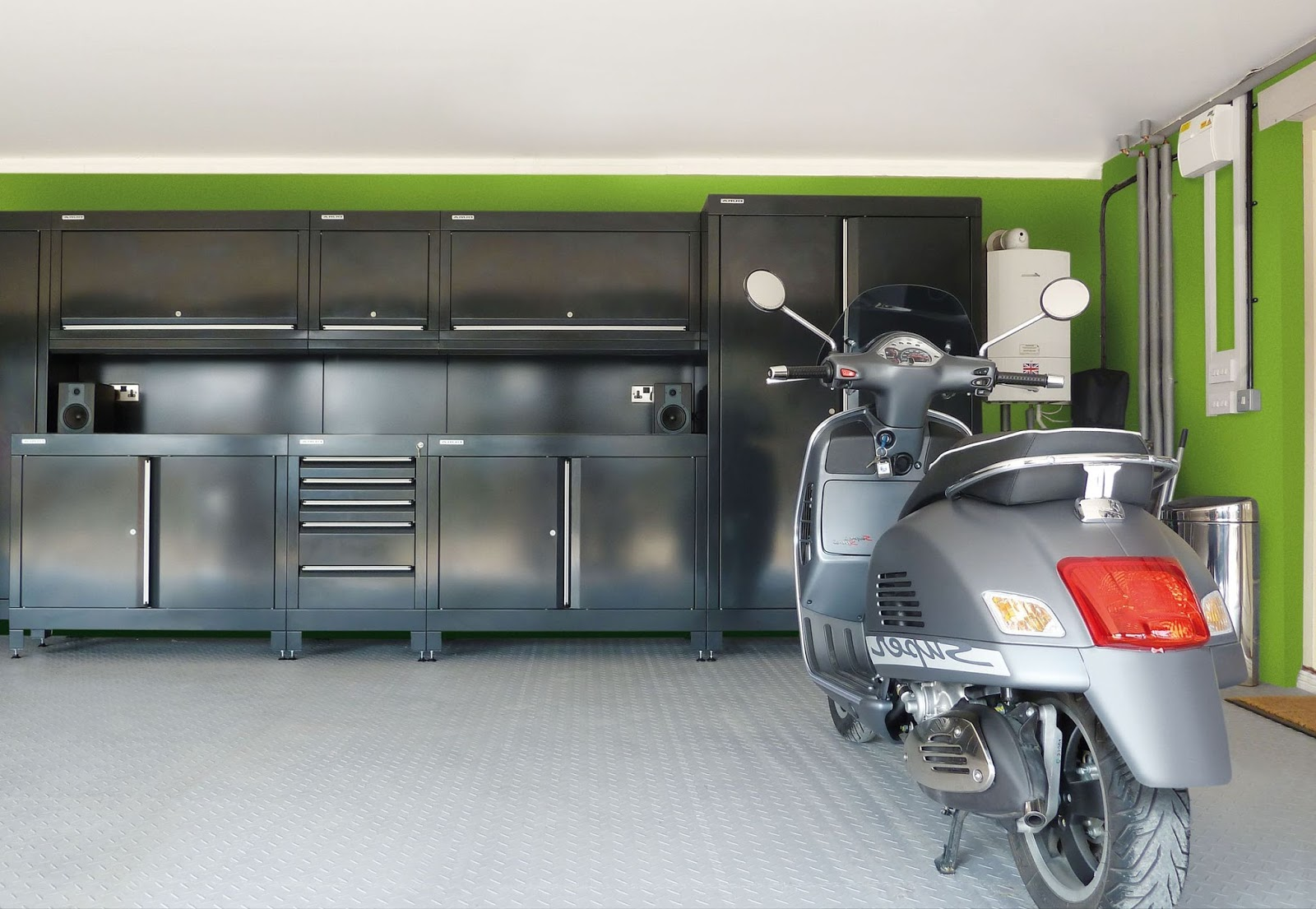 Uptown Real Estate Group: Make Your Garage Spectacular! on Garage Colors Ideas  id=13993