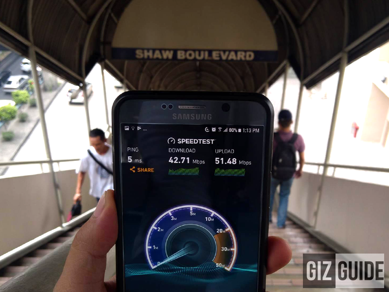 Smart WiFi Gives EDSA Commuters 30 Minutes Of Free Internet!