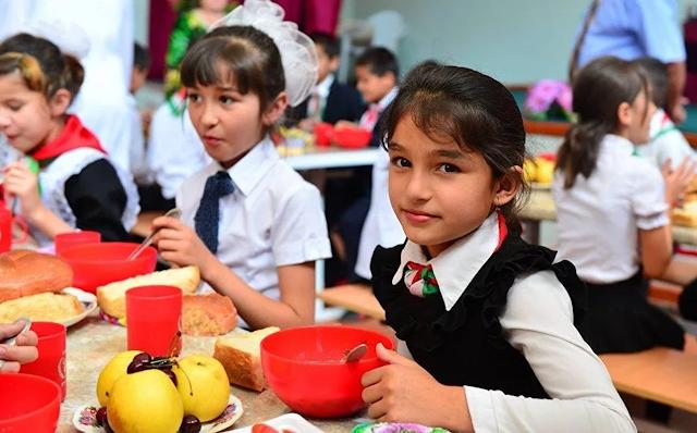 Почему Кремль выделяет на переоснащение школ Таджикистана 1,5 млрд рублей, а проблемы российских школ не решает