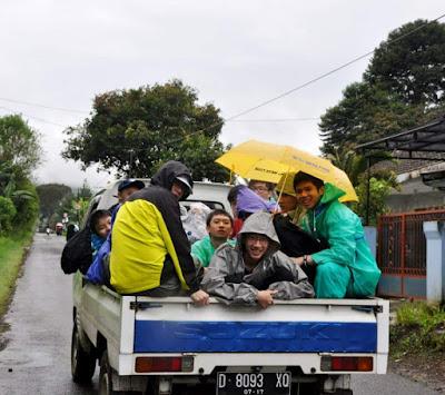 Amazing Race Serba Susu Lembang