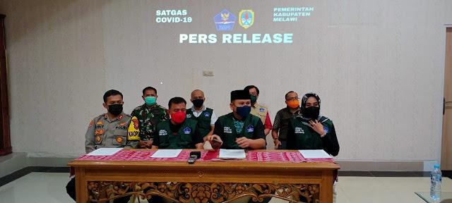 Bupati Kabupaten Melawi Menggelar Konferensi Pers Atas Bertambahnya Pasien Positif Covid-19.
