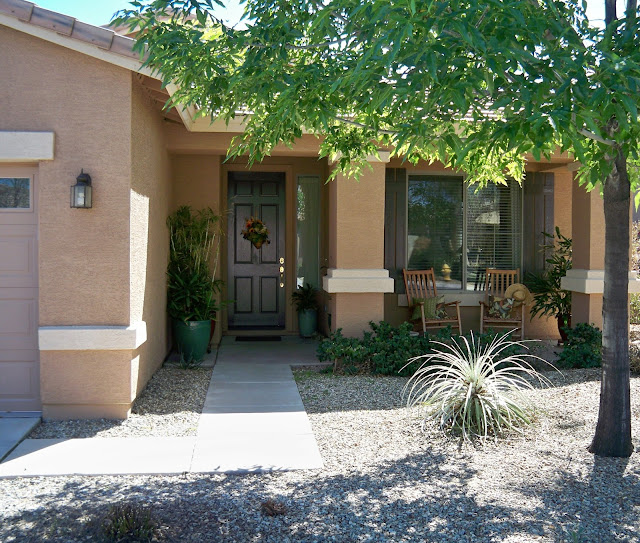 Native Home Garden Design: Small Stucco Homes And Their Landscape