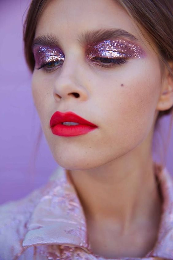 Best 25+ Glitter eye ideas