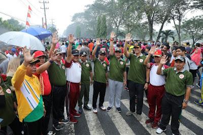 HUT TNI Ke 74, Bupati Zahir : Bersama Rakyat TNI Kuat