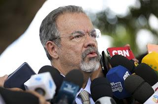 http://vnoticia.com.br/noticia/2437-mandados-coletivos-nao-serao-carta-branca-para-forcas-armadas-diz-jungmann